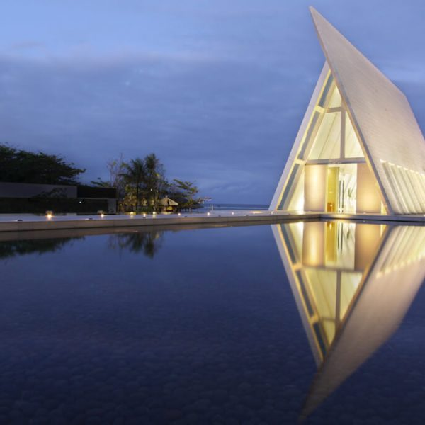 Conrad Bali Wedding Chapel Infinity - Evening